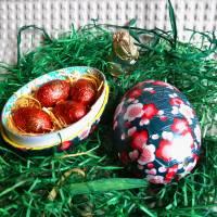 """Geschenkschachtel Osterei zum Befüllen """"Pflaumenblüten""""  Bild 1"""