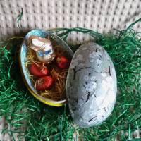 """Geschenkschachtel Osterei zum Befüllen """"Silberne Pflaumenblüten""""  Bild 1"""