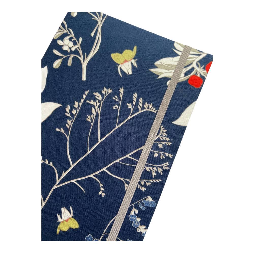 """Notizbuch Tagebuch Kladde """"Winter Dream"""" A5 Hardcover kariert stoffbezogen Blumen floral Geschenk Geschenk Bild 1"""