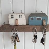 Schlüsselbrett mit Strandhäuser aus Altholz (1) Bild 1