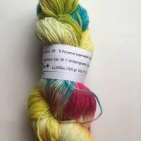Handgefärbte Sockenwolle  4fach  Bild 1