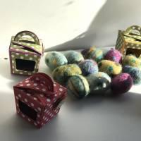 FilzEIER mit Neodym Magneten, verpackt in winzige CupCake Boxen - das eindeutig kleinste Oster-Mitbringsel Bild 2