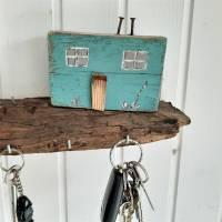 Schlüsselbrett mit Strandhäuschen aus Altholz (3) Bild 2