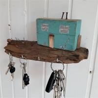 Schlüsselbrett mit Strandhäuschen aus Altholz (3) Bild 3
