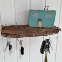 Schlüsselbrett mit Strandhäuschen aus Altholz (3) Bild 6