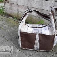 Rucksack oder Tasche?! Beides! Wandelbare Rucksacktasche in Holzoptik Bild 2