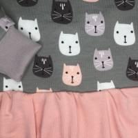 Sweater mit Volant * Gr. 104 * Katzen Bild 5