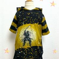T-Shirt mit Kapuze und Taschen, Gr. 140 Bild 1