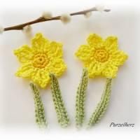 6-teiliges Häkelset: 2 Narzissen mit Blättern - Häkelapplikation,Aufnäher,Tischdeko,Ostern,Frühling,gelb Bild 4