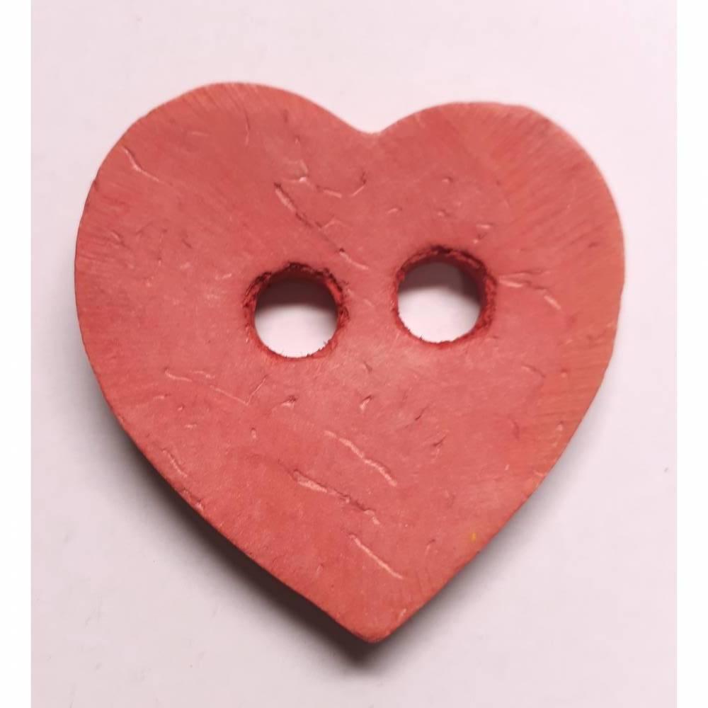 Naturknopf!   Supersüsser Herz-Knopf aus gefärbtem Kokos, ca 4cm groß Bild 1
