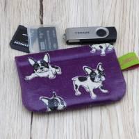 Mini-Täschchen aus Wachstuch mit Schnappverschluss, Kopfhörertäschchen, Tampontäschchen, Bulldoggen Bild 3