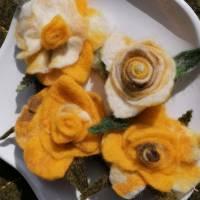 gelbe Rosenbüten Handgefilzt 4- Set Bild 3