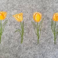 Frühling Tulpen Doodle Stickdatei ab 10x10 Bild 1