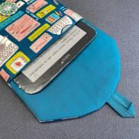 E-Reader-Tasche mit handgearbeitetem Zwirnknopf Bild 2