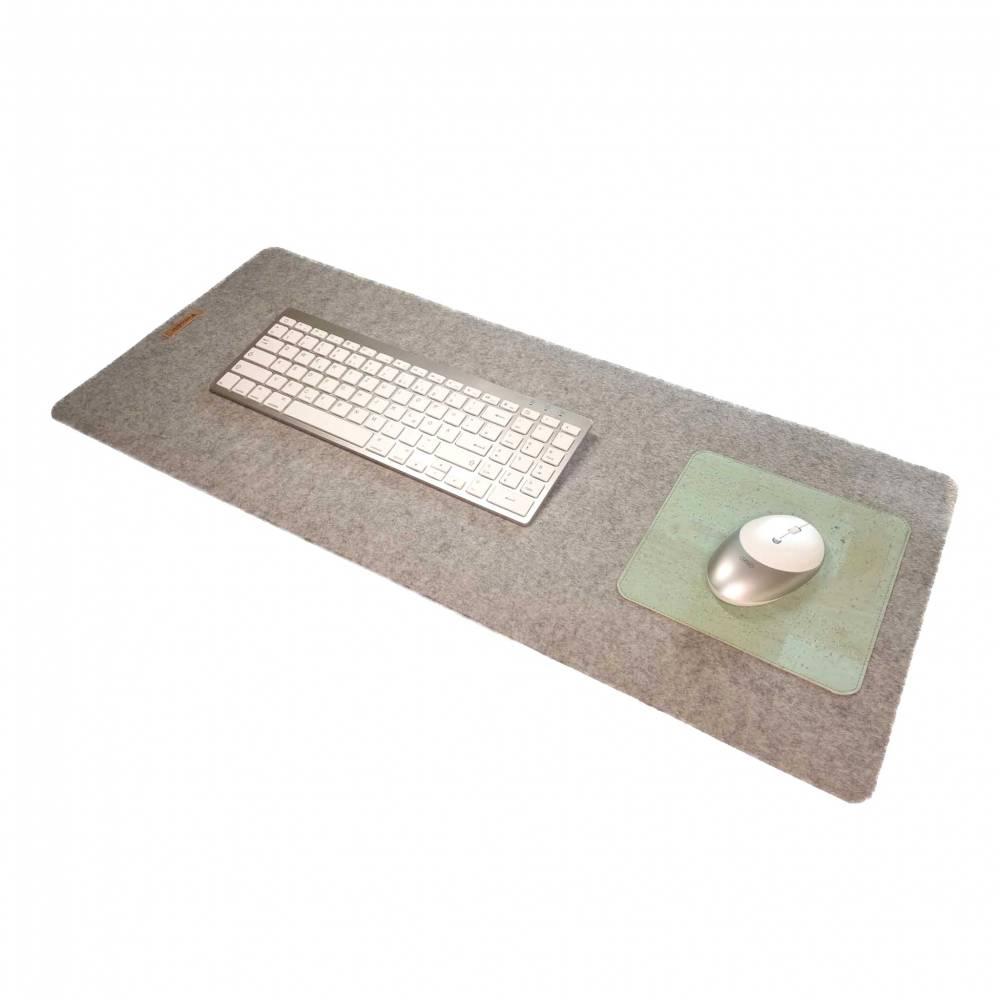 Schreibtischauflage mit Mauspad Unterlage Handmade Merino Wollfilz Filz Kork Farb- und Größenauswahl Bild 1