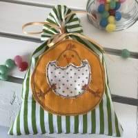 Osterbeutel * Geschenkverpackung * Ostersäckchen * Wiederverwendbare Osterverpackung * grün/weißes Säckchen mit aufgesti Bild 3