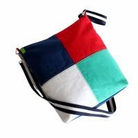 """Umhängetasche """"Color"""" , tolles Upcycling in vier Farben, Schultertasche, Beuteltasche, Body-Bag, Jeanstasche, Pa Bild 2"""