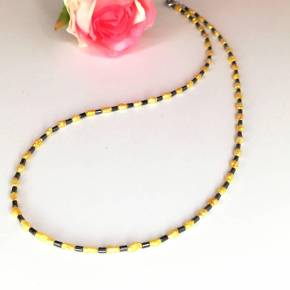 gelb-anthrazit farbige Halskette, Hämatit mit Mabé-Perlen, zartes Halscollier 46 cm Bild 1