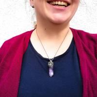 Makramee-Halskette mit Amethyst-Spitze und Labradorit Bild 7