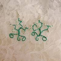 """Ohrringe """"Lebensbaum"""" aus blauem Draht mit silbernen Perlen Bild 1"""