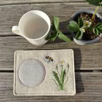 MugRug - Tassenteppich - Tassenplatz - Wollfilz - beige meliert - Bienen Bild 2