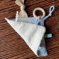 """Baby Knistertuch mit Beißring Schmusetuch Patchwork hellblau ca. 18x18cm """"Häschen"""" Bild 3"""