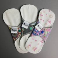 EINZELNE waschbare Slipeinlagen und Binden in 4 verschiedenen Stärken *Upcycling-Produkt*  Bild 4