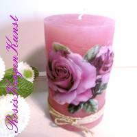 Wunderschöne Muttertagskerze ( Rustik-Kerze )  in rosa/lila  mit einem Rosenmotiv in Vollwachsauflage Bild 2