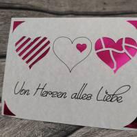 Liebe Grüße mit einer tollen Herzkarte Bild 1