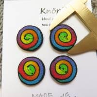 Knöpfe / Fimo im Regenbogen Swirl Muster Bild 2
