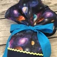 Wunderschöne Schultüte Galaxie mit Astronaut Planeten und reflektierenden Punkten Bild 5