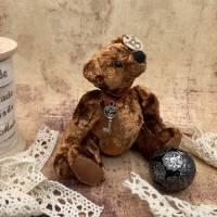 Bärino Bär Old Brownie 12 cm Künstlerbär Bild 2