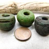 3 alte Hebron-Perlen, Kano Glasperlen, Grün, Grüntöne - große Hebronperlen Bild 5