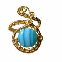 Ring mit Achat blau türkis gestreift handgewebt in goldfarben verstellbar Paisley boho Bild 2