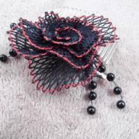 Haarschmuck Gothic Blüte schwarz rot Haarkämmchen Haarkrönchen Hochzeit geklöppelt Handarbeit Brautschmuck Steampunk Bild 3
