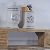 Regal aus Palettenholz, für Schmuck, schlicht, Wandregal, mit Haken zur Aufhängung von Modeschmuck, Schmuckregal aus Hol Bild 5