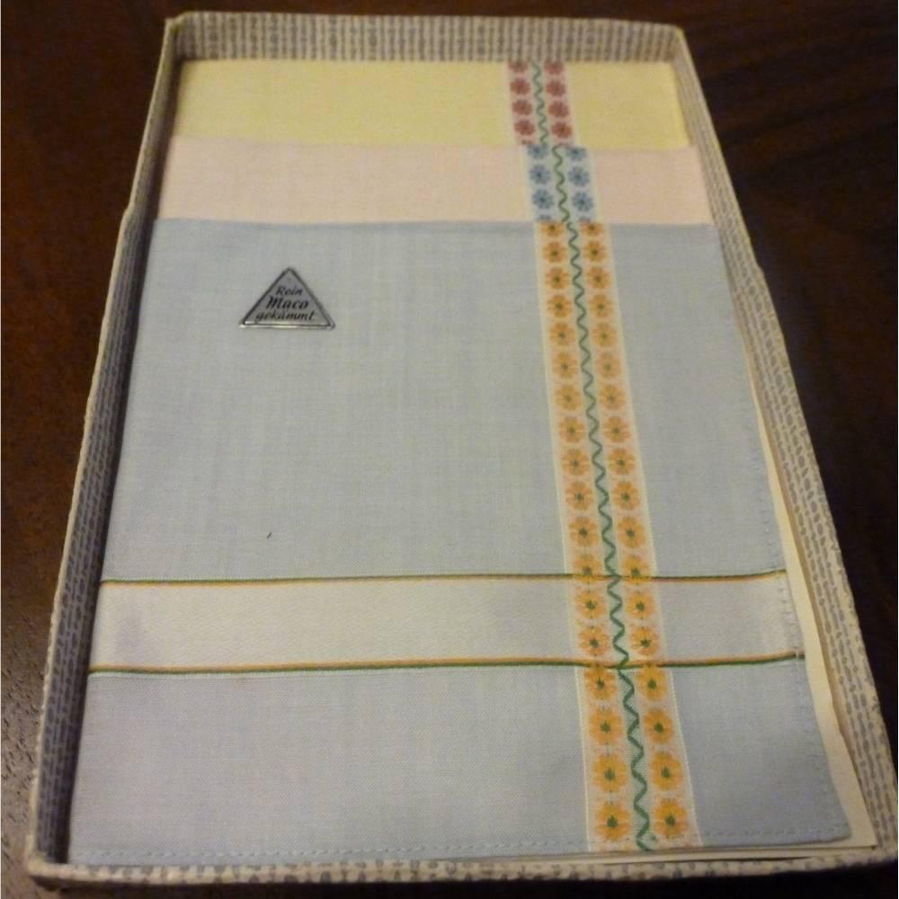 Vintage - 3 Damentaschentücher in Pastellfarben aus den 70ern Bild 1