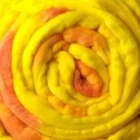 Handgefärbte Wolle Bild 2