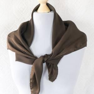 Halstuch von Bogner, Klassisches Vintage Halstuch, Tuch aus Seide für Damen, Seidentuch, getragen, 1980 und 1990er Jahre Bild 1