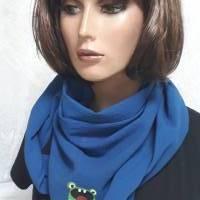 Halstuch aus Bio-Baumwolle, Crashstoff in Dreieckform, blau mit einem kleinen, süssen Monstermotiv Bild 1