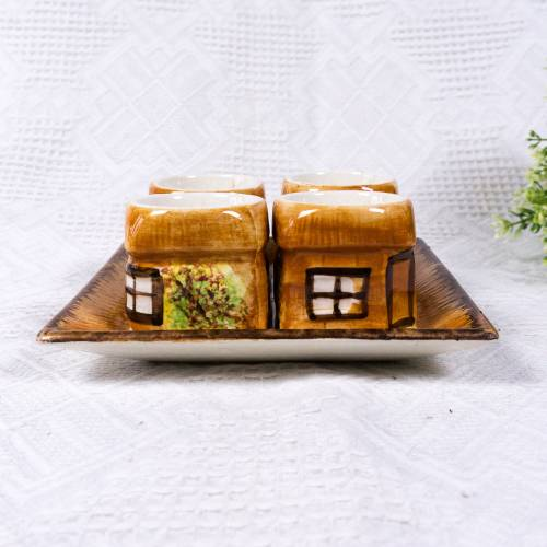 Eierbecher, Set aus vier Eierbechern mit Tablett, Landhausstil, England, naive Bemalung, Vintage, Eierbecher wie kleine