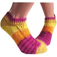 Kurze Sneaker Socken Gr. 37 /38 *Sommer* handgestrickt in gelb orange pink rot mit Farbverlaufswolle Bild 1