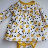 Kleinkind Bio Baumwolle Kleidchen Größe 56, Jersey Kleidchen, suße Zitronen Hain Jersey Kleid mit Body,  Bild 2