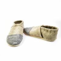 Hausschuhe aus 100% Wollfilz, grauer Kappe und Ledersohle  Bild 6