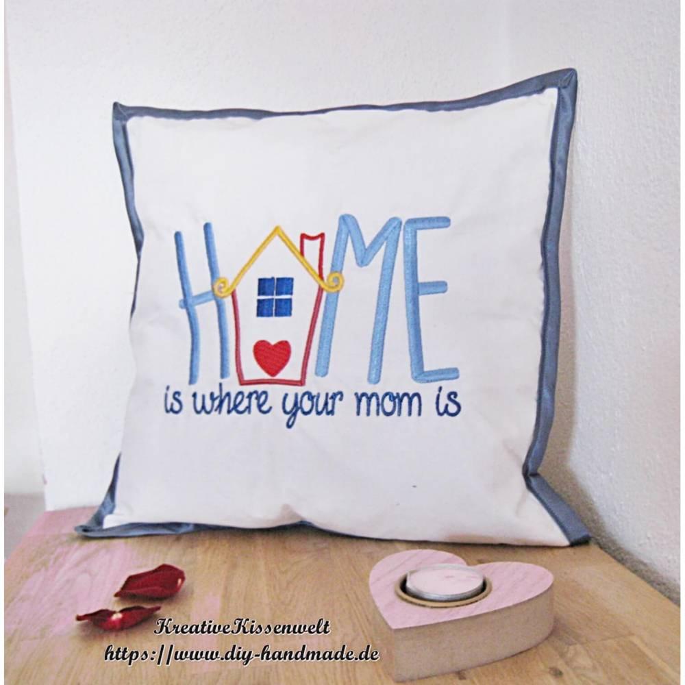 Unikat Geschenk für Mama, Mutter und Oma, besticktes weißes Baumwollkissen mit blauem Satinband, 40 x 40 cm,  Bild 1