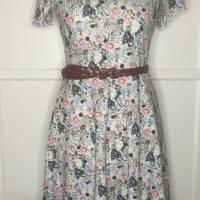 Kleid * Wunschgröße * Blumen Design Bild 9