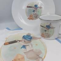 Kindergeschirr Tasse,  Teller,  Lätzchen  mit Hase/ Häschen  Bild 1