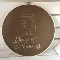 Stickrahmen  Wanddekoration  Skandinavisch wohnen  Türkranz  Namensschild   Willkommen Bild 2