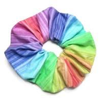 1 Haargummi Scrunchie Haarschmuck *Regenbogen* genäht aus Baumwollstoff  Bild 1