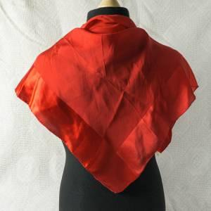 Retro Seiden Tuch, Vintage Halstuch, Tuch aus Seide für Damen, Seidentuch von Christian Fischbacher, einfarbig, getragen Bild 1